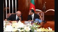 Paul Biya en compagnie de Laurent Esso, ministre de la justice