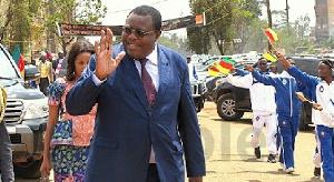 'Ceux qui sont restés au Cameroun l'ont construit seuls, sans la contribution de ceux qui sont parti
