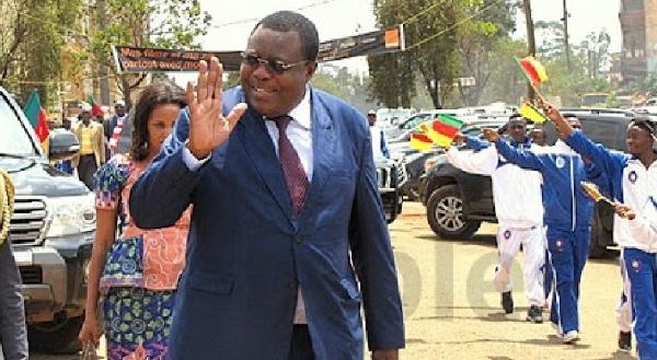 'Ceux qui sont restés au Cameroun l'ont construit seuls, sans la contribution de ceux qui sont partis'