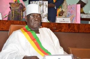 Cavaye Yeguie est président du parlement depuis 3 décennie
