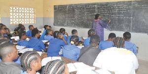 La crise anglophone impose sa loi dans les écoles