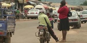 Une rue à Bamenda