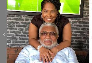 Nathalie Yamb et l'ex président ghanéen JJ Rwalings