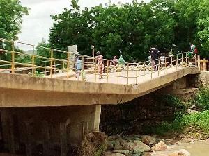 Le pont jaune de Maroua