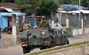 Deux arbitres camerounais prix entre deux feux