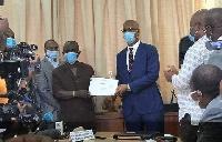 Didier Drogba a déposé sa candidature pour la FIF