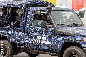 Après le Togo, le Bénin arrête deux criminels camerounais