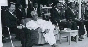Ahidjo Et Paul Biya.png