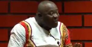 La musique camerounaise est dans la boue' (Equinoxe Tv)
