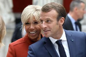 Emmanuel Macron et sa femme à  l