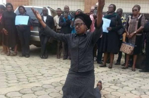 Garoua 2è: un enseignant humilié devant ses élèves par le sous-préfet