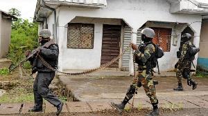 Le préfet Yves Bertrand Alienou Awounfac incite ses collaborateurs à redoubler de vigilance