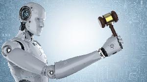Joshua Browder décrit son application DoNotPay comme 'le premier robot avocat du monde'