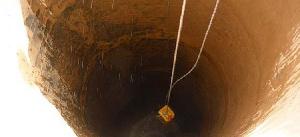 Un homme âgé de 50 ans, extrait vivant d'un puits de 10m de profondeur
