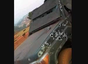 Un camion militaire attaqué