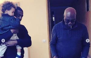 Le fils de Manu Dibango crée la polémique et menace