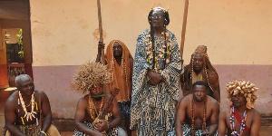 'Je prie les dieux de nos ancêtres qu'ils veillent sur notre pays'