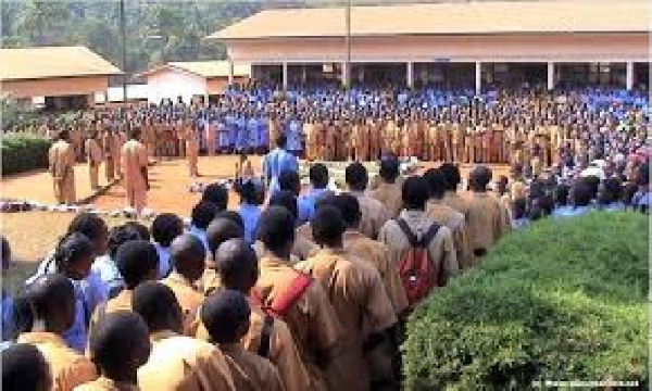 Drame: les cours suspendus, le sous-préfet débarque au lycée de Nkolbisson