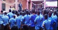 Dans l'enceinte du lycée de Nkoleton à Yaoundé.