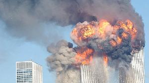 les 2 causes scientifiques de l'effondrement des tours jumelles après l'impact des avions