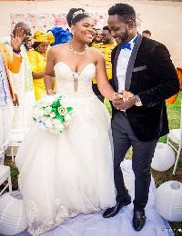 Le réalisateur Camerounais Adah Akenji a épousé la chateuse Sandrine Nnanga