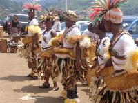 Des danseurs de Bikutsi