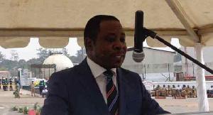 Comment Gaston Eloundou Essomba a roulé Dion Nguté