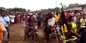 L'interdiction intervient deux jours après l'assassinat de cinq policiers