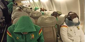 Les Lions épuisés dans l'avion