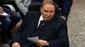 Qui était l'ancien président algérien décédé à 84 ans