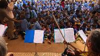 Il propose aussi des séances d'éveil musical dans les différentes écoles de Yaoundé