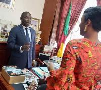 Nathalie Koah au boulot de Amougou Belinga
