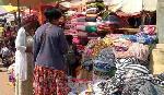 Cameroun: les vêtements importés étouffent une industrie locale embryonnaire