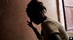 La victime n'a pas été abusée sex'uellement grâce à l'intervention de son fils
