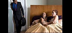 Une femme infidèle arrêté par son mari