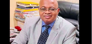 Mathias Owona Nguini, le vice-recteur de l'Université de Yaoundé