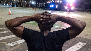 Georges Floyd : quatre faits qui expliquent la colère contre la police américaine