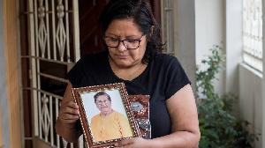 La femme qui vit depuis 10 mois avec les cendres d'un inconnu dans son garage