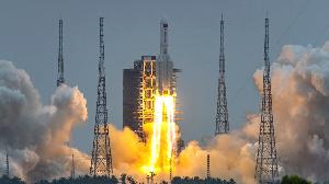 Les débris de la fusée chinoise sont tombés dans l'océan Indien, selon la Chine