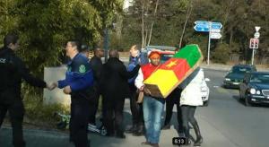 L'ambassadeur du Cameroun en Suisse menace