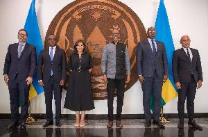 Le président rwandais, Paul Kagamé, a reçu mercredi à Kigali la visite du maire de Paris