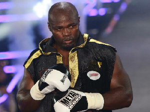 Carlos Takam, 34 combats remportés sur 38 et  tenant du titre des poids lourds