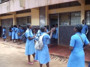 Des élèves dans un lycée de la place