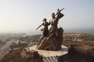 Le monument de la renaissance à Dakar