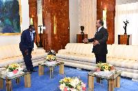 Paul Biya aen audience avec un représentant de l'ONU