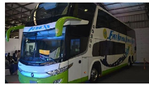 Un bus de la compagnie FINEX