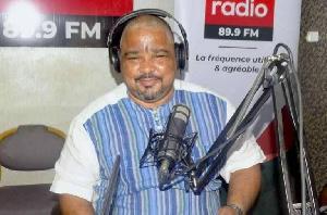 Joshua Osih démolit Grégoire Owona et humilie Biya