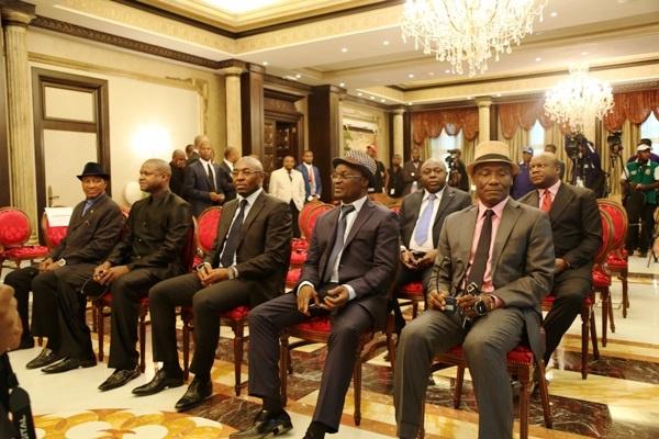 Fraudes: Roger Milla, Antoine Bell, Patrick Mboma cités dans une arnaque humanitaire