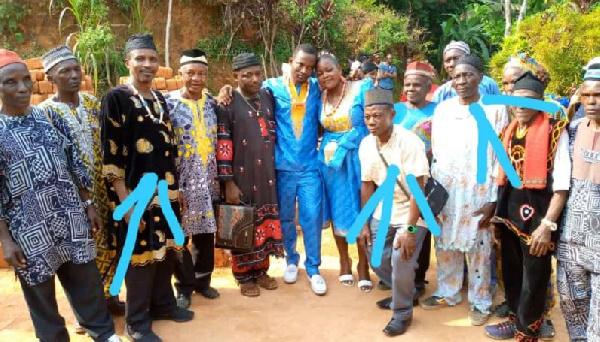 Field Marshal Execute Chefs Traditionnels Lebialem