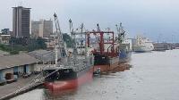 Le port de Douala